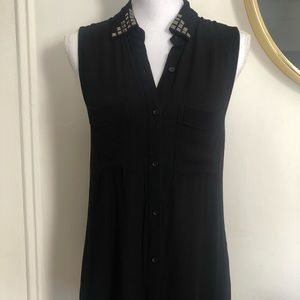 Black Sleeveless Tunic with studded Collar